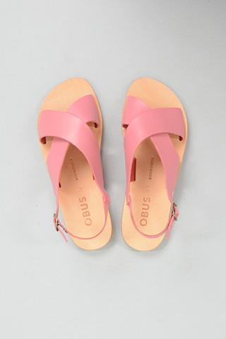 Obus Clothing Crossover Sandal in Pink!